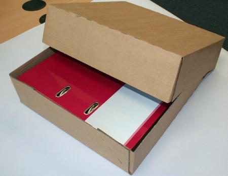 Faltkarton zum Versand von DIN A4 - Briefordnern
